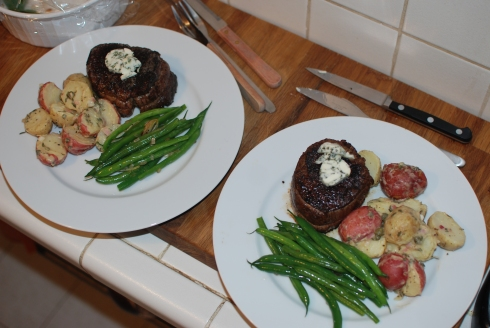 beef tenderloin w homemade thyme compound butter // thyme infused french potato salad // haricots verts